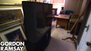 Gordon is Completely Appalled by Hoarder Hotel | Hotel Hell