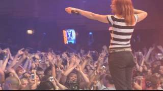 Paramore: crushcrushcrush (LIVE)