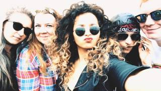 Backstage at V Festival With Ella Eyre and The LG G4