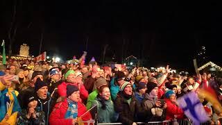 Geburtstagsständchen für Kaisa Mäkäräinen beim Biathlon-Weltcup 2018