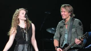 "Keith Urban w/Elly Cooke and her mom Becky ""Somebody Like You"" Live @ The Giant Center"