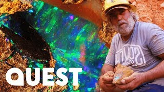 Opal Miners Find $8000 Worth Of Crystal Boulder Opal!   Outback Opal Hunters