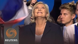Marine Le Pen is gaining on Emmanuel Macron