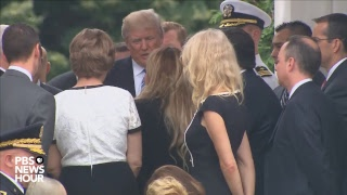 President Trump takes part in Memorial Day ceremony at Arlington National Cemetery