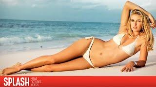 Tennis Player, Maria Sharapova Vacations in a Bikini | Splash News