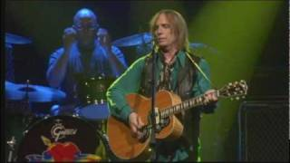 Learning to Fly - Tom Petty w/ Stevie Nicks