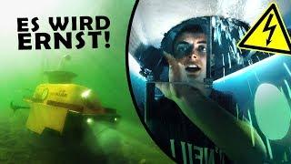 WASSEREINBRUCH in 3m Tiefe! | Unser BADEWANNEN U-BOOT #4