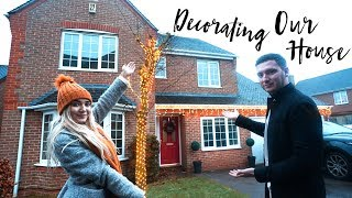 DECORATING OUR HOUSE & BREAKING THE CHRISTMAS TREE!  | VLOG MAS