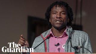 Manus Island detainee Abdul Aziz Muhamat wins human rights award