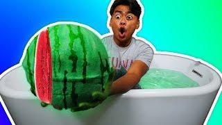 DIY Super Watermelon Bath Bomb!