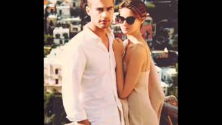 Theo James and Girlfriend Shailene Woodley 2015
