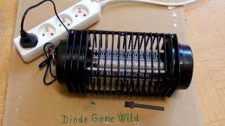 Chinese Insect Zapper (Mosquito Killer) - crazy circuit and burning resistors.
