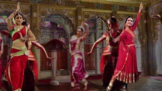 Deepika Padukone and Priyanka Chopra to RESHOOT for Bajirao Mastani | SpotboyE