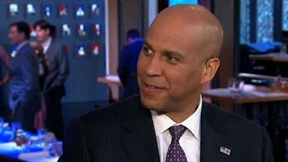 Cory Booker to Trump: I love you