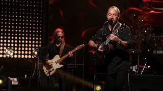 Dave Matthews Band Rocks with