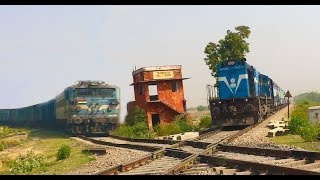 2 Trains Crossover each other at Rare Diamond Crossing of Indian Railways