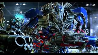 Master Chief Vs Optimus Prime: Dawn of Justice Comic Con Trailer (With changed final shot)