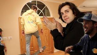 WE BUILT A SKATE PARK IN OUR LIVING ROOM!! (FAIL)