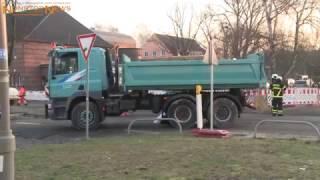 10.01.2017: Horror-Unfall mit Lkw in Rostock: Baustellenlaster überrollt Frau mit Hund - beide tot