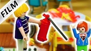 Playmobil Film deutsch   FEUER! Es brennt bei Familie Vogel! Neue Gartenmöbel abgebrannt?!