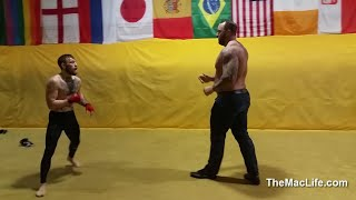 Conor McGregor vs The Mountain (Game of Thrones)