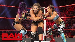 Sasha Banks & Bayley vs. The Riott Squad: Raw, July 30, 2018