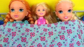 SLEEPOVER !  ELSA & ANNA toddlers - Chelsea Barbie