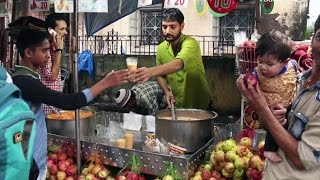 Indian Street Food - Street Food in Mumbai - Bismillah Juice Centre