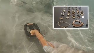 Metal Detecting Beach And Ocean EP1 (A New Chapter)