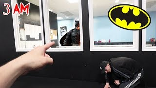 CALLING BATMAN ON FACETIME AT 3 AM!! (I KICKED HIM IN THE FACE)