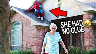 SPIDERMAN DING DONG DITCH PRANK!! (this didn