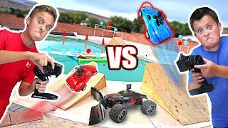 RC CAR DRIVING ON THE WATER Balloon Bubble Ball Popping Challenge
