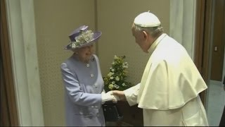 The Queen meets the Pope in the Vatican City - Director