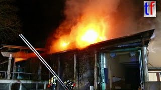 Civic Center Inferno / Mülltonne verursacht Großbrand, Feuer Bürgerzentrum Waiblingen, 28.03.2017.