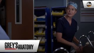Meredith Teaches Jo A Lesson - Grey