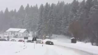 Irre: 5 Audi-Quattro-Fahrer ziehen Lkw die Rusel bei Deggendorf hoch   pnp.de