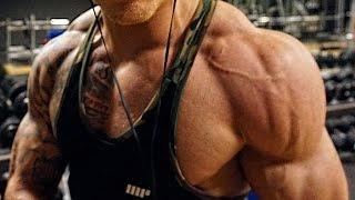 Muskelaufbau - Alles was du wissen musst! - Schmale Schulter