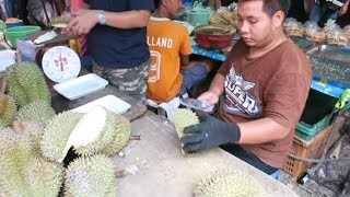 How to Cut a Durian Fruit - Thailand Street Food - Thai Street Food