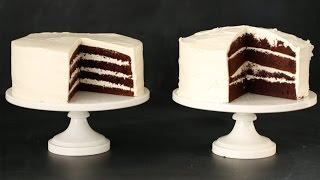 How to Fill and Frost a Perfect Cake Like a Pro