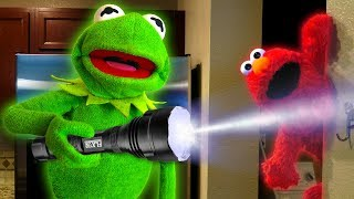 Kermit the Frog and Elmo play Hide and Seek!