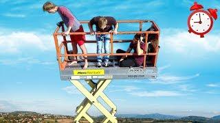 Last to Leave the Scissor Lift Wins $1000 - Challenge