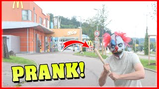 McDonalds CLOWN PRANK !