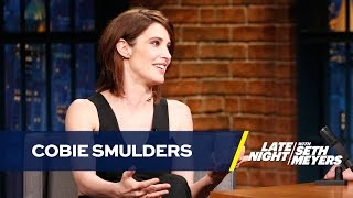 """Cobie Smulders Uses Fans to Answer """"How I Met Your Mother"""" Questions"""