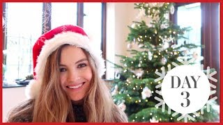 DECORATING THE CHRISTMAS TREE | Vlogmas #3