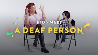 Kids Meet A Deaf Person | Kids Meet | HiHo Kids