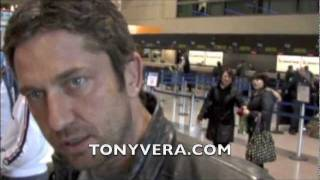 Gerard Butler at LAX Taking to cameraman/journalist Tony vera