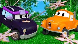 Klein Pickle ist ein Ninja - Die Lackierwerkstatt von Tom dem Abschleppwagen 🎨  Cartoons für Kinder