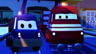 Troy der Zug und der Hebebühnen-Truck in Autopolis | Auto & Lastwagen Cartoons für Kinder