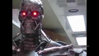 TERMINATOR SALVATION Behind-the-Scenes: T-600 Puppet Test