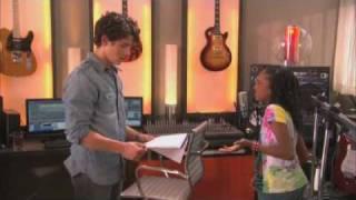 Nick & Kiara Arguing {IM SINGING!} / JONAS